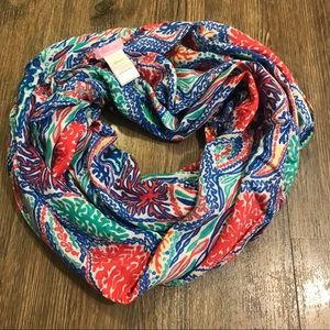 EUC Lilly Pulitzer Riley Scarf